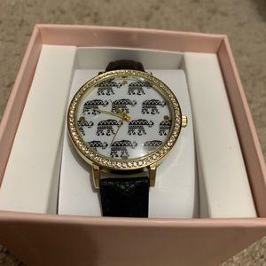 Accessories - Elephant watch!